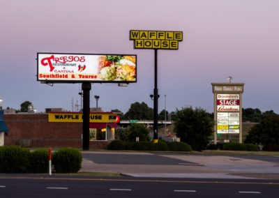 Carry Billboards086